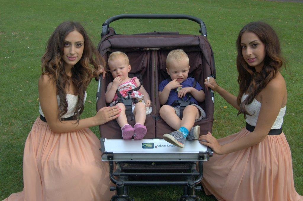 Met nog een tweeling, Lara & Otis